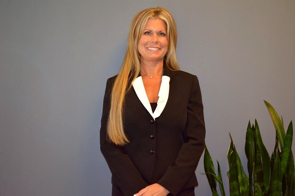 Colleen McNamee Offers Marriage Mediation Services